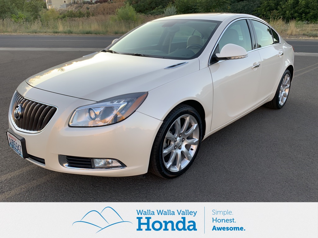 Pre-Owned 2012 Buick Regal Premium III