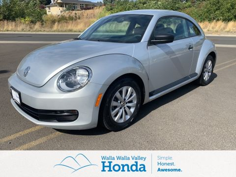 Pre-Owned 2014 Volkswagen Beetle 1.8T Entry